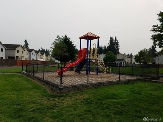 2710 186th St E, Tacoma, WA - USA (photo 2)