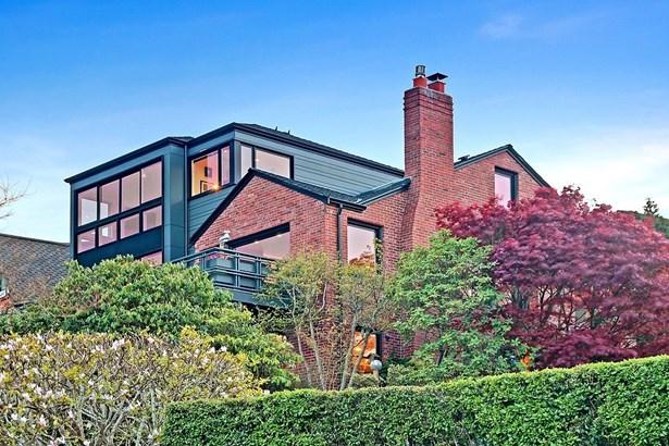 2447 Montavista Place W, Seattle, WA - USA (photo 2)