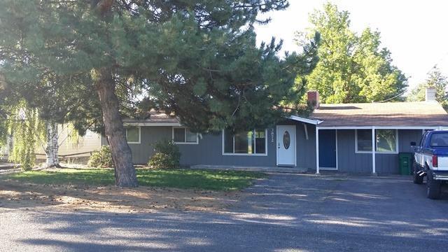 3872 Sturdivant Ave. Avenue, Klamath Falls, OR - USA (photo 2)