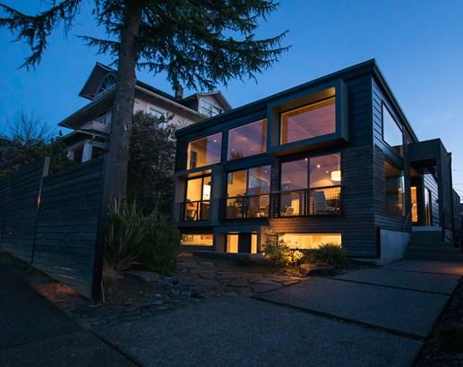 1106 N 27th St, Tacoma, WA - USA (photo 1)
