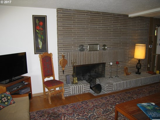 11875 Sw Bowmont St, Portland, OR - USA (photo 3)