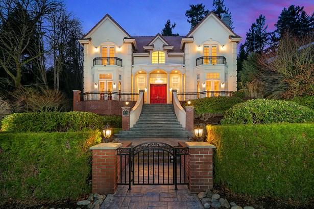 Lakeview Luxury Estate (photo 1)