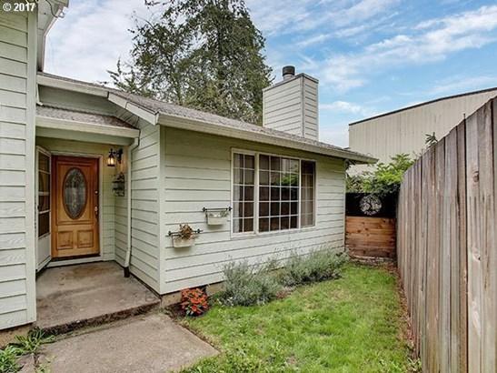 4506 Ne Sumner St, Portland, OR - USA (photo 2)