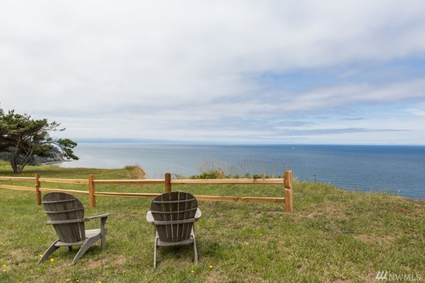 2043 West Beach Rd, Oak Harbor, WA - USA (photo 2)