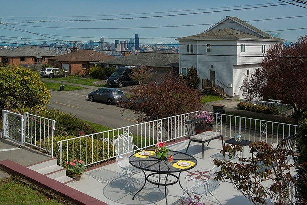 3257 37th Ave Sw, Seattle, WA - USA (photo 2)