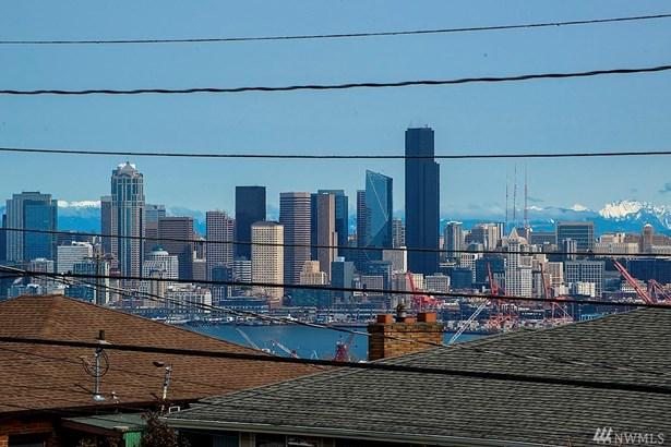 3257 37th Ave Sw, Seattle, WA - USA (photo 3)