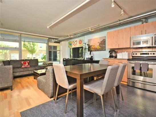 2015 Terry Ave 207, Seattle, WA - USA (photo 2)