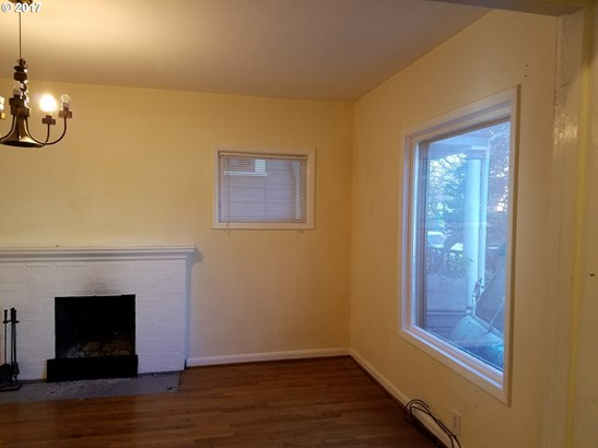 2142 Nw Irving St, Portland, OR - USA (photo 2)