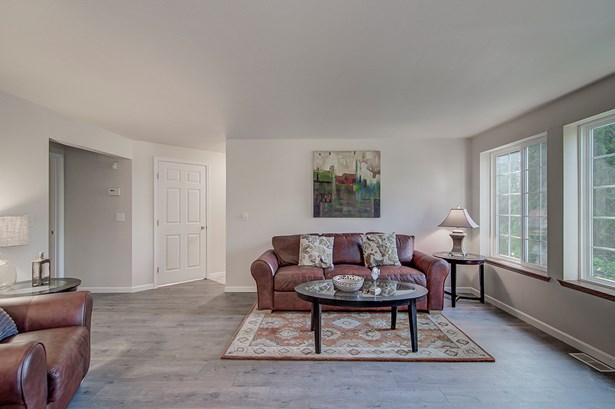 208 S 163rd Place, Burien, WA - USA (photo 4)