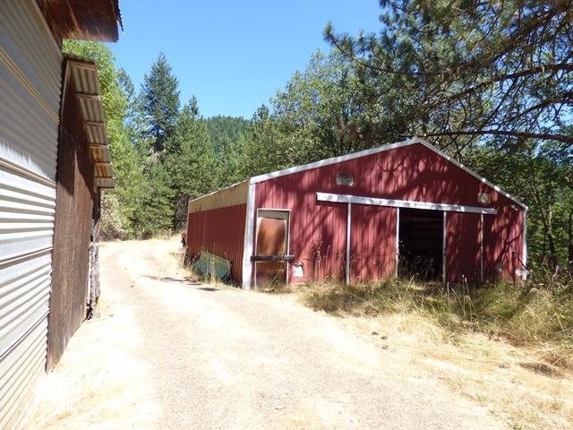18505 E Evans Creek Road, Rogue River, OR - USA (photo 5)