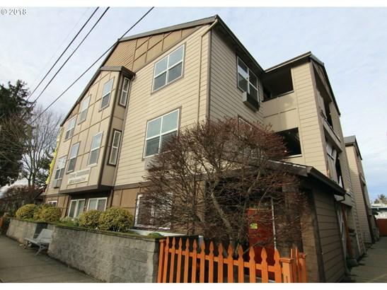 10345 Ne Clackamas St 18, Portland, OR - USA (photo 1)
