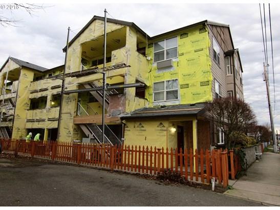 10345 Ne Clackamas St 18, Portland, OR - USA (photo 3)