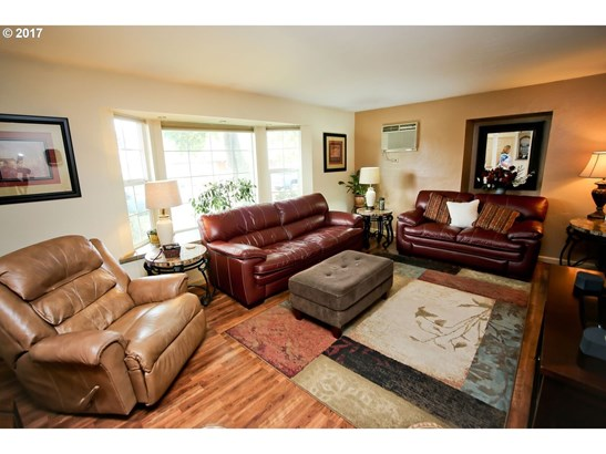 2341 Don St, Springfield, OR - USA (photo 3)