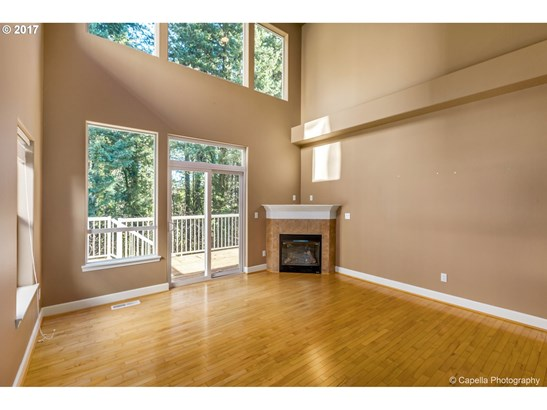 15740 Sw Peachtree Dr, Tigard, OR - USA (photo 2)