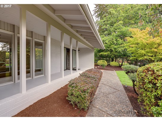 9245 Sw Panorama Pl, Portland, OR - USA (photo 2)