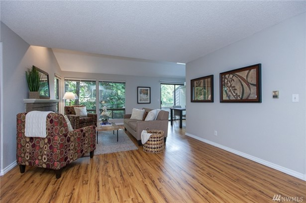 15158 Sunwood Blvd Ss21, Tukwila, WA - USA (photo 4)
