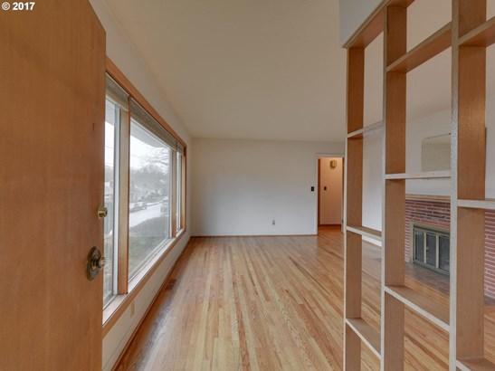 3715 Se Malden St, Portland, OR - USA (photo 3)