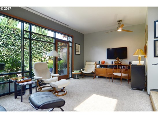 390 W 27th Ave, Eugene, OR - USA (photo 5)