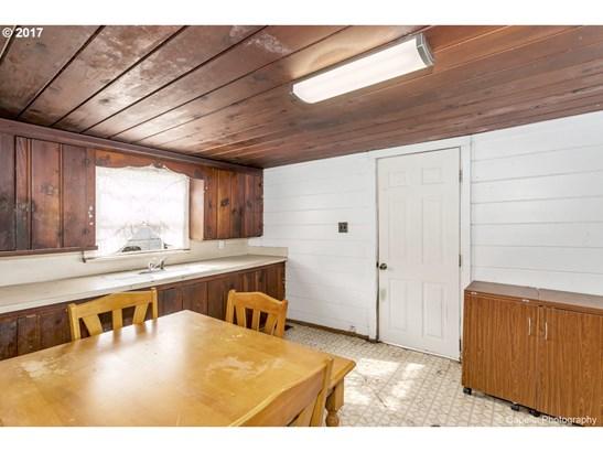 130 W Heintz St, Molalla, OR - USA (photo 5)