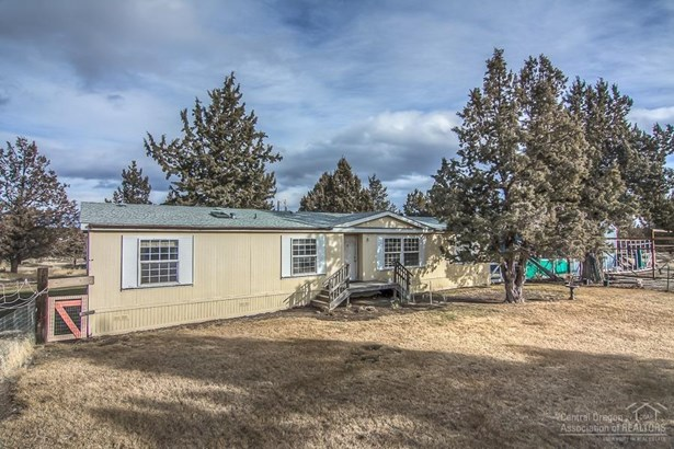7495 Southwest Sparrow Drive, Terrebonne, OR - USA (photo 4)