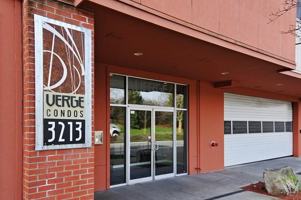 3213 Harbor Ave Sw 101, Seattle, WA - USA (photo 2)