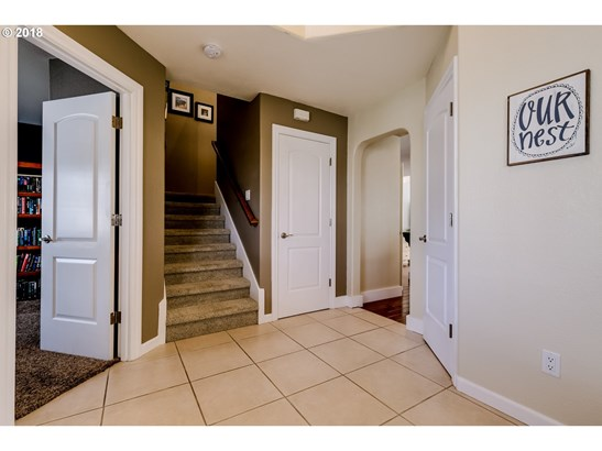 1241 Masters Ave, Creswell, OR - USA (photo 2)