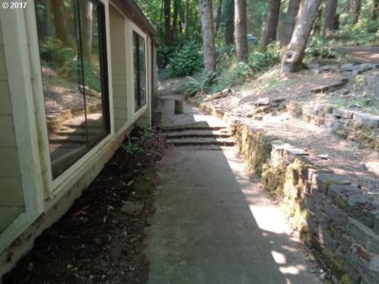 120 Tioga Ct, Cottage Grove, OR - USA (photo 3)