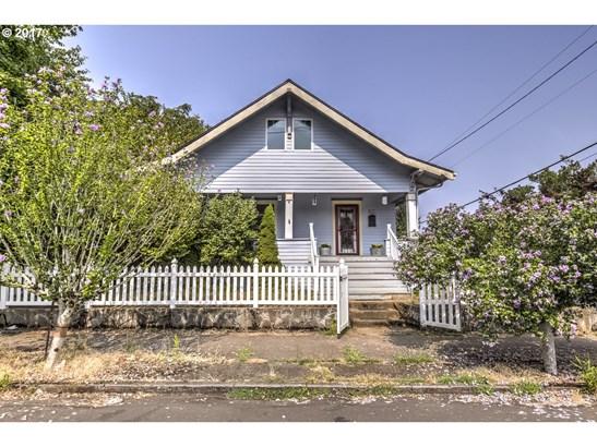 8017 N Fiske Ave, Portland, OR - USA (photo 1)