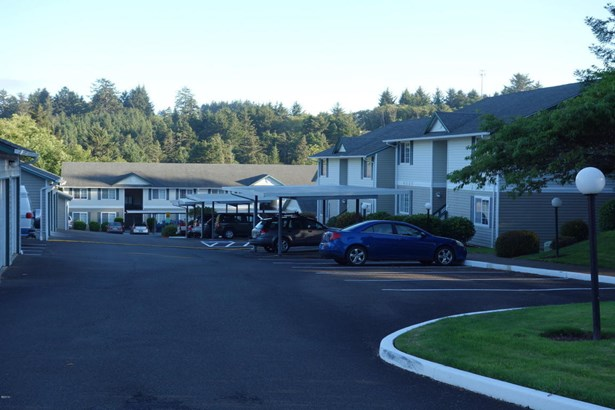 2324 Ne Holmes Rd, Lincoln City, OR - USA (photo 5)