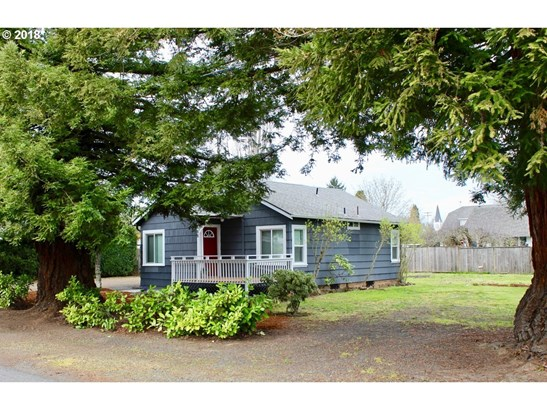 438 D St, Creswell, OR - USA (photo 2)