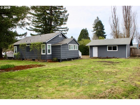 438 D St, Creswell, OR - USA (photo 3)