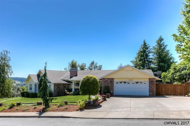 2421 Sw Oakwood Dr, Dallas, OR - USA (photo 2)