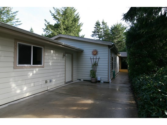 1600 Rhododendron Dr 123, Florence, OR - USA (photo 2)