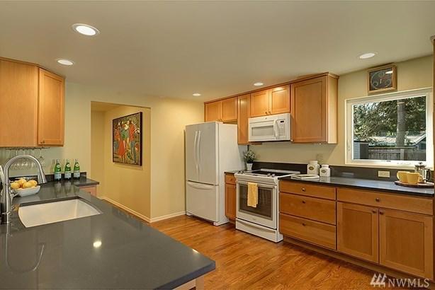 1301 145th Ave Se, Bellevue, WA - USA (photo 5)