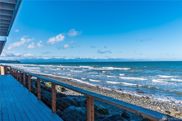 2575 West Beach Rd, Oak Harbor, WA - USA (photo 1)