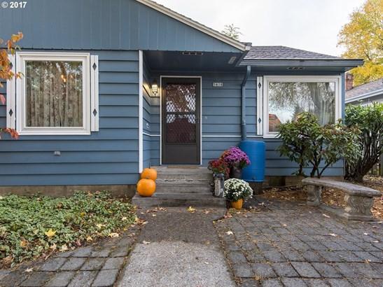 5418 N Amherst St, Portland, OR - USA (photo 2)