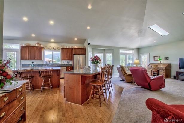 24528 Wiseman Lane, Mount Vernon, WA - USA (photo 2)