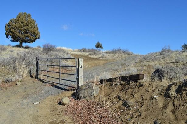 0 Loma Linda Dr., Klamath Falls, OR - USA (photo 2)