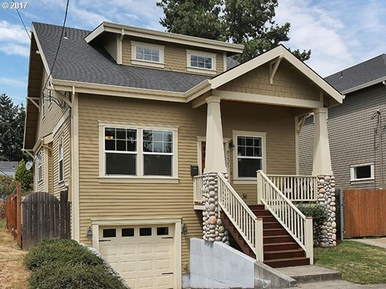 8221 N Fiske Ave, Portland, OR - USA (photo 1)