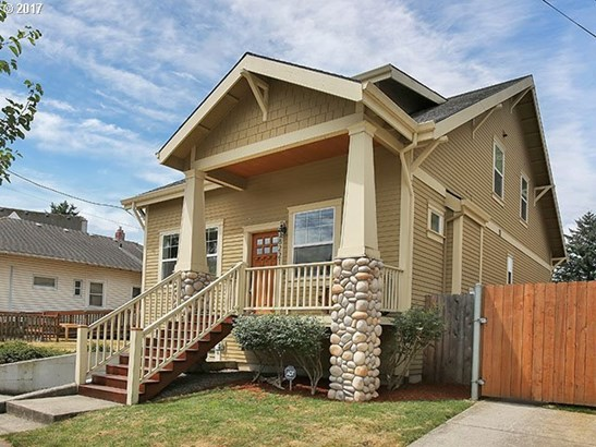 8221 N Fiske Ave, Portland, OR - USA (photo 2)