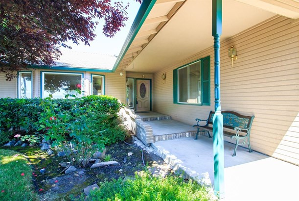 1037 Brandon Street, Central Point, OR - USA (photo 5)