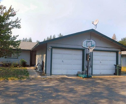 25 Sowell Court, Shady Cove, OR - USA (photo 2)