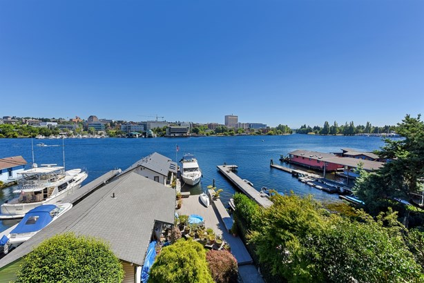 50 Ft Waterfront (photo 1)