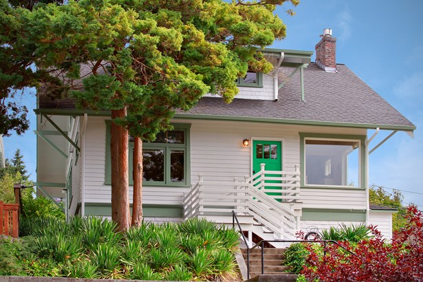 4132 46th Ave SW (photo 1)