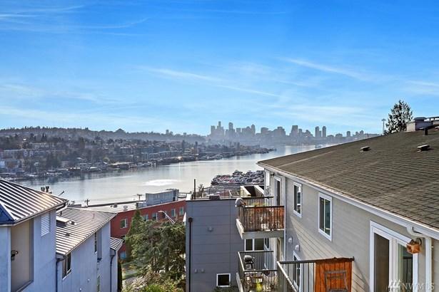3932 1st Ave Ne, Seattle, WA - USA (photo 3)