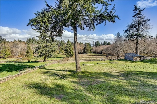 915 Lawson Rd, Camano Island, WA - USA (photo 4)