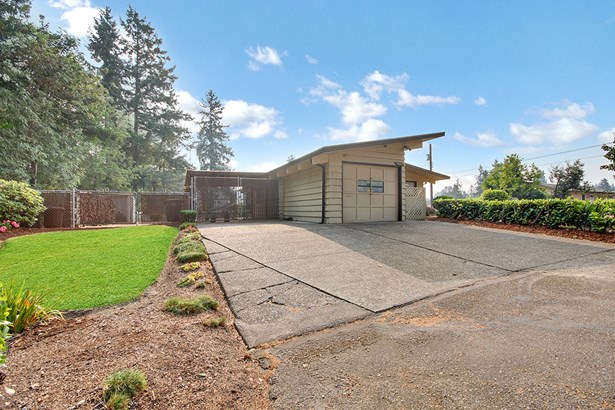 10013 Barnes Lane S, Tacoma, WA - USA (photo 2)