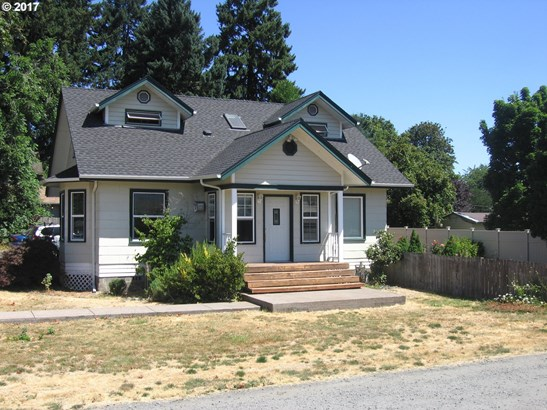 322 N 1st St, Creswell, OR - USA (photo 1)