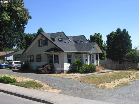 322 N 1st St, Creswell, OR - USA (photo 2)