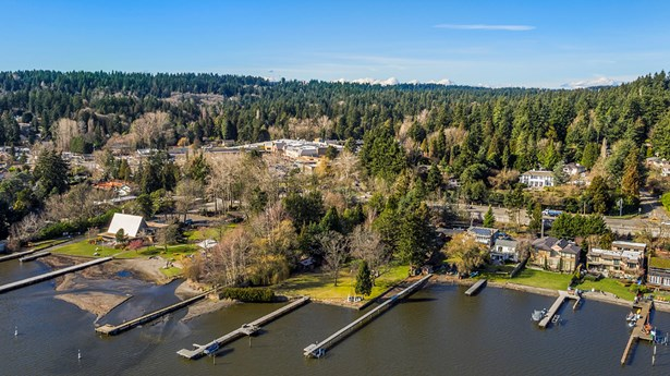 17345 17347 Beach Dr Ne, Lake Forest Park, WA - USA (photo 2)